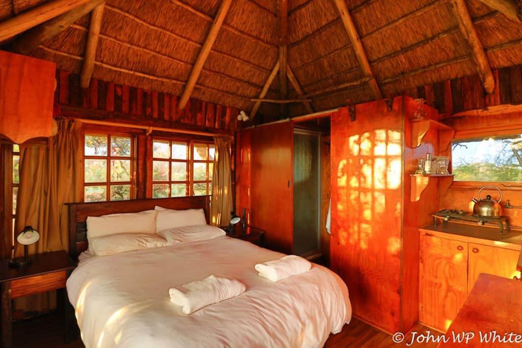 The Kameeldoring Treehouse Bedroom